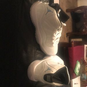 Jordan 11's legend blue size 6.6 brand new